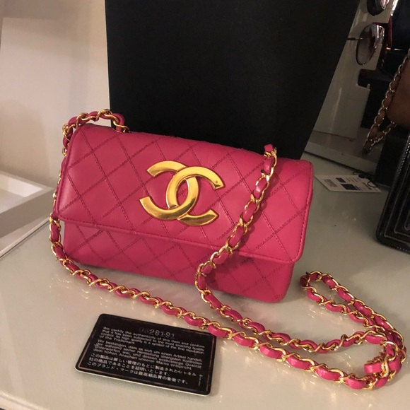 f6db3313d6bf72 CHANEL Handbags - Auth CHANEL Pink Leather Gold CC Mini Crossbody